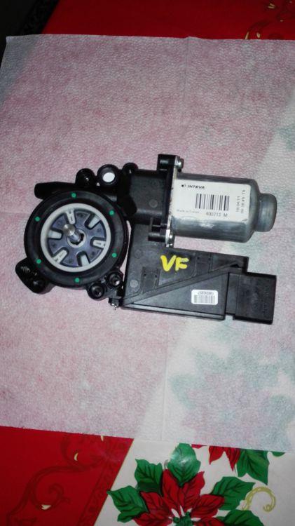 Nissan Primera Fönsterhissmotor