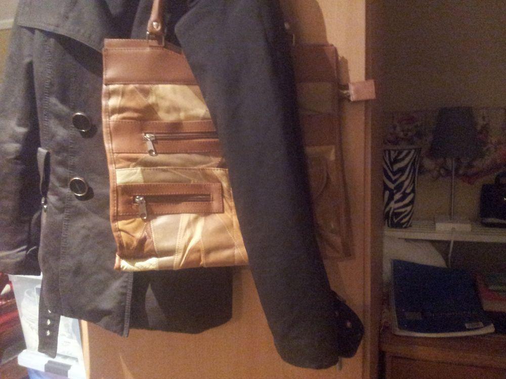 2 st matchande handväskor!