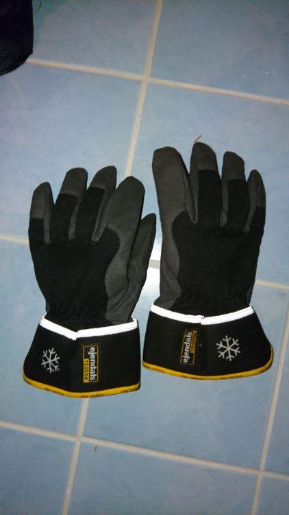 Arbetsjackor och handskar