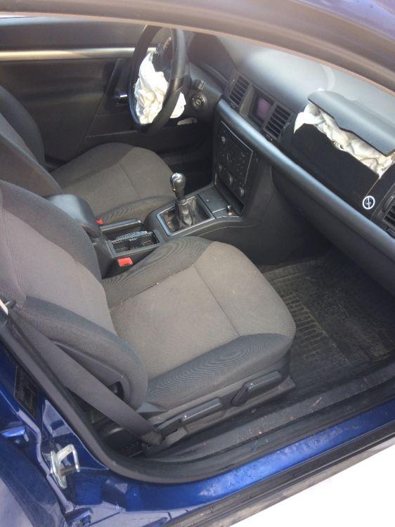 Opel vectra c 1.8 delar