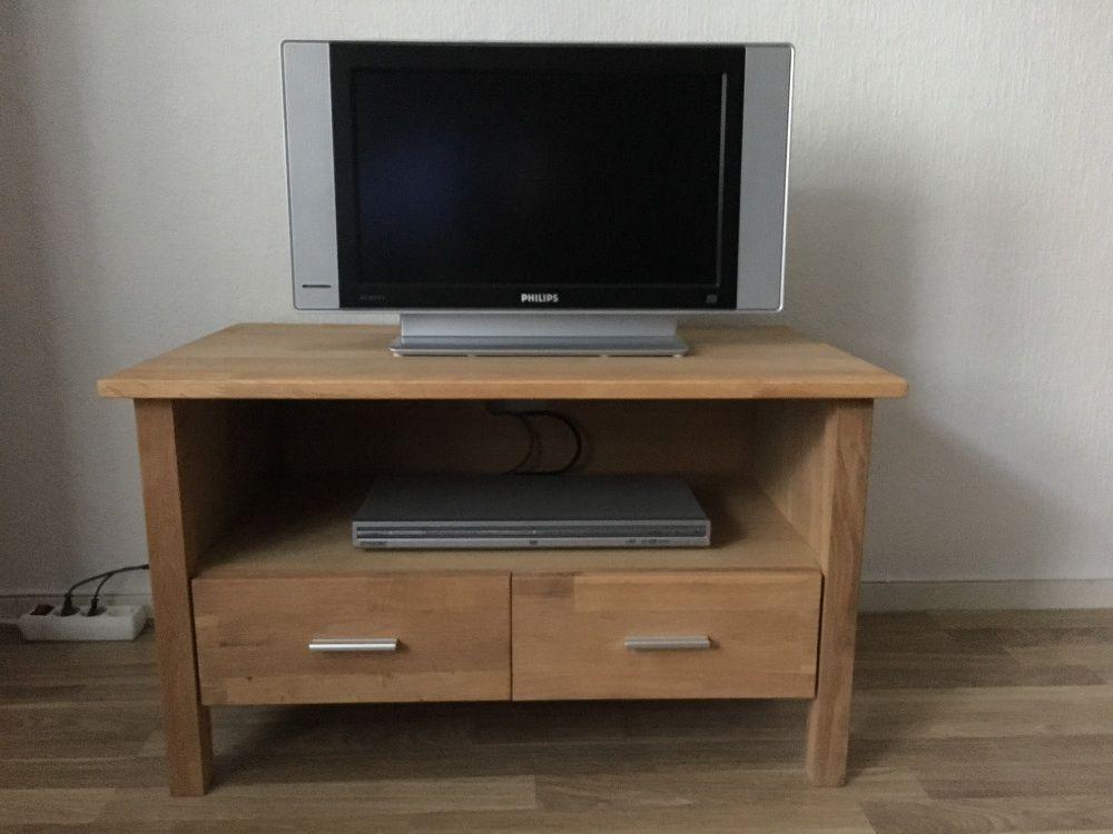 Tv-bänk och hylla