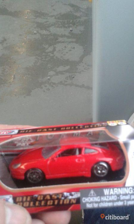 3 bilar