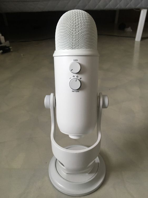 Blue Microphone Yeti USB
