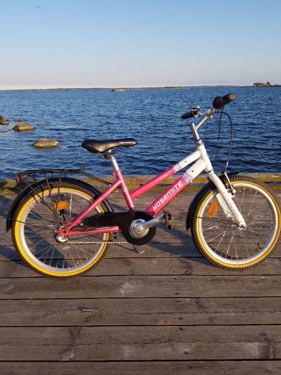Två fina cyklar 20 tum