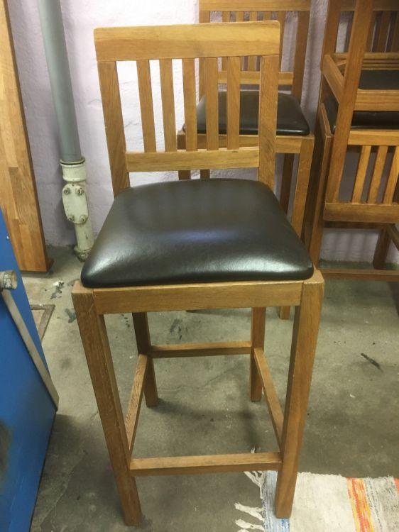 Barbord och 4 stolar