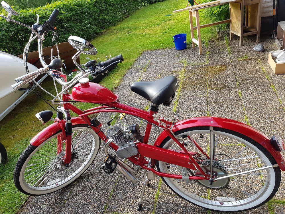 Cykel med påhängsmotor 49cc
