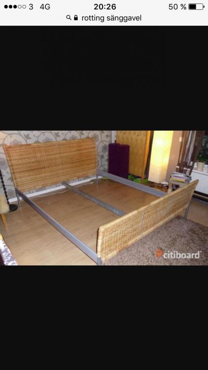 Rotting sänggavel 300 kr Möbler& Inredning iåmål med stolar, soffa, soffbord, tv bänk, bord