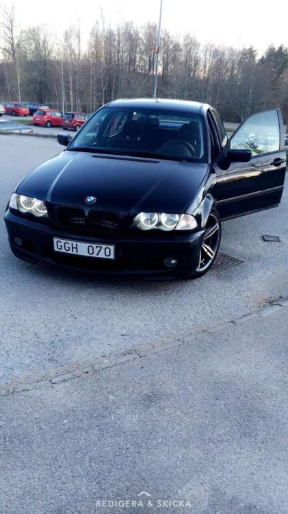 BMW 318 m paket besiktad och skattad