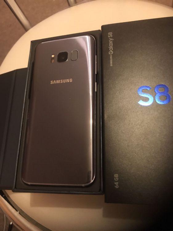 Samsung Galaxy S8 and S8+ 64GB