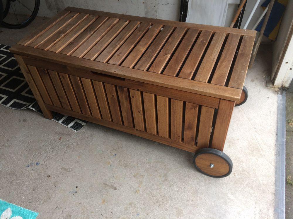Förvaringsbox/sittpall