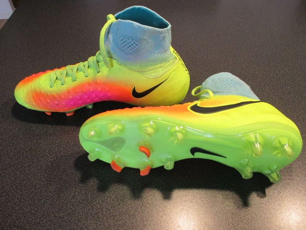 Nike Magista Obra II FG Neon/Rosa/Turkos Barn