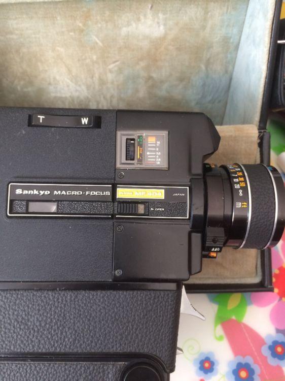 Gammal super 8 filmkamera