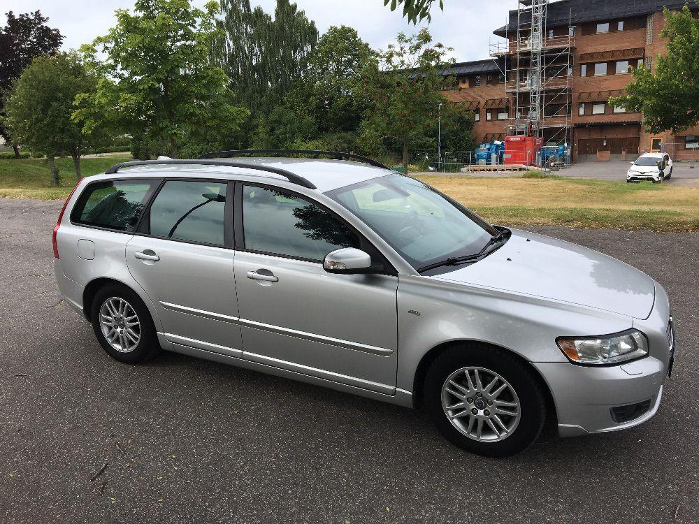 Volvo V50 1,6 d drive momentum 0729-364544