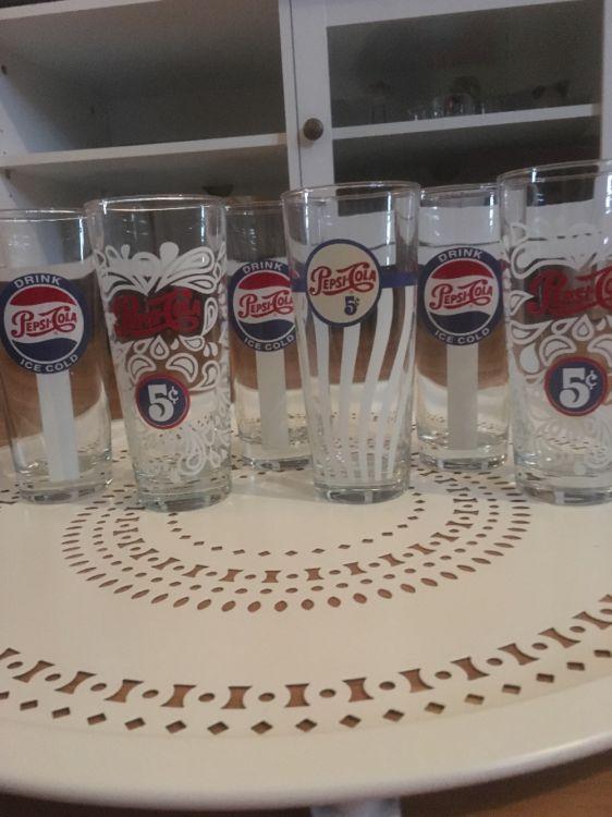 6 STYCKEN NYA PEPSI GLAS:)