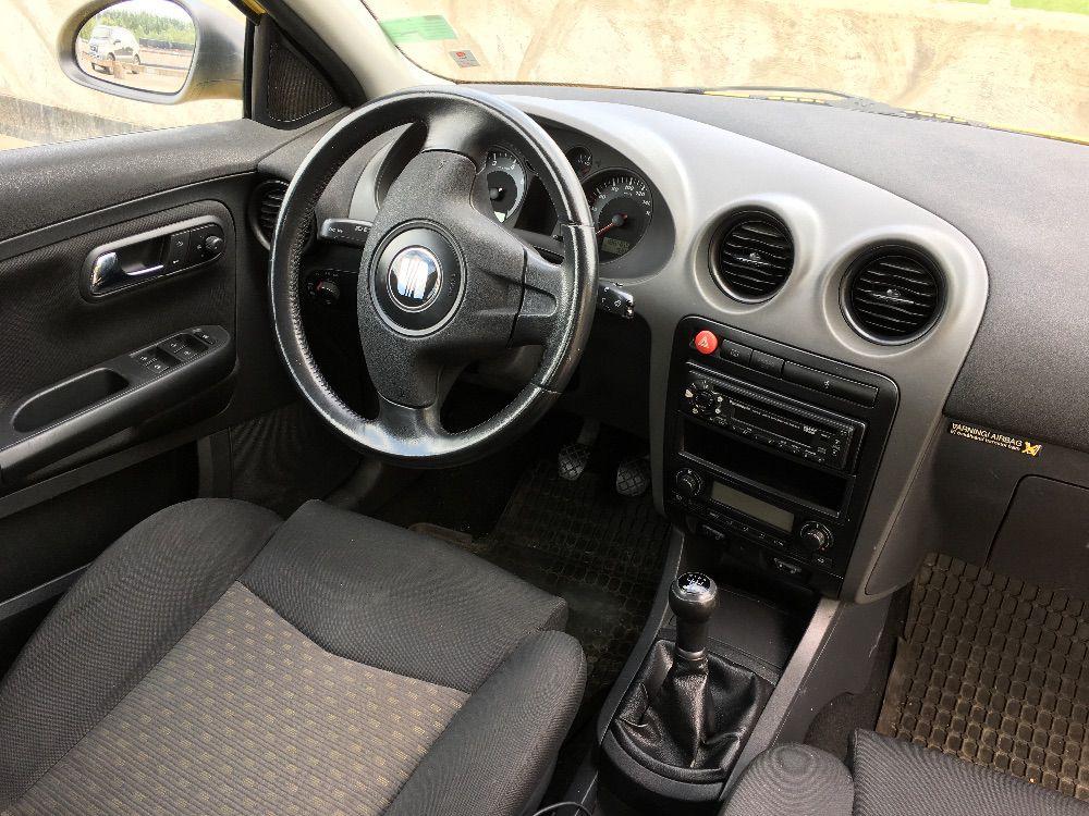 Seat Ibiza 1,4 04 skattad och besiktad