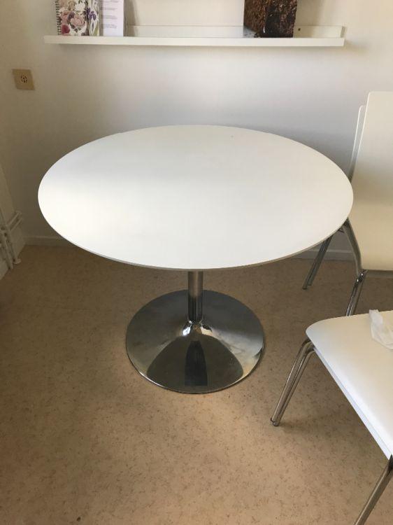 Bord 4 stolar
