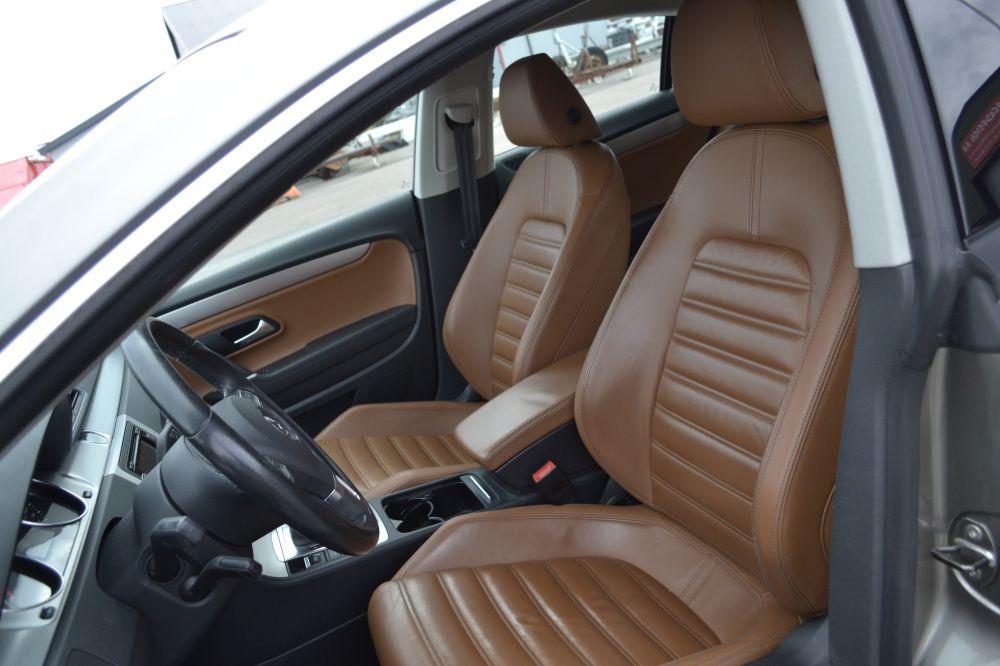 Volkswagen Passat CC 2,0 TDI 4Motion DSG -11