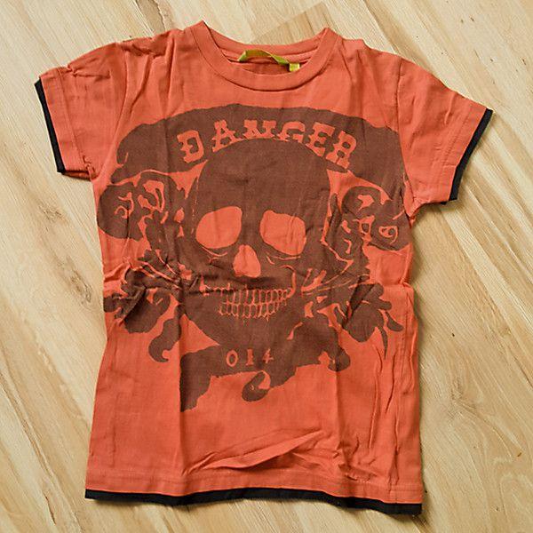T-shirt med tufft dödskalletryck stl140
