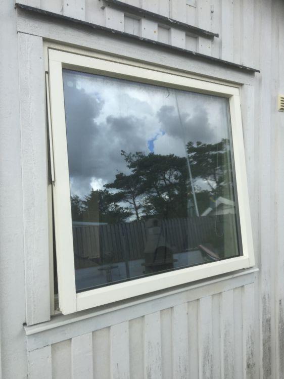 Fönster med aluminiumkarm