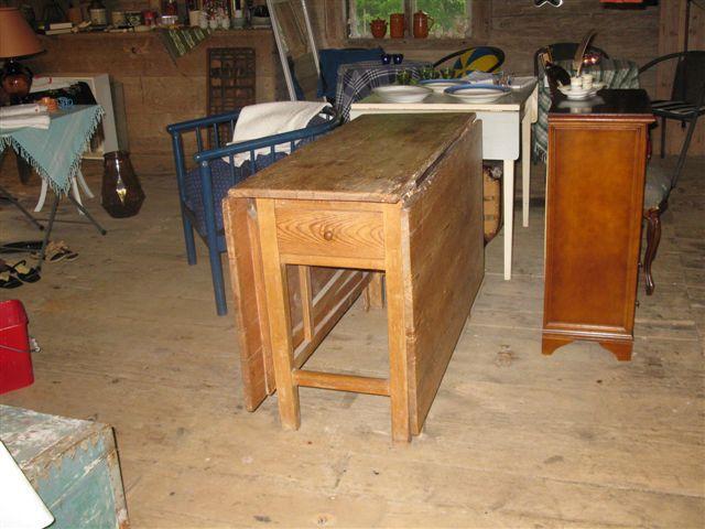 Mycket gammalt klaffbord