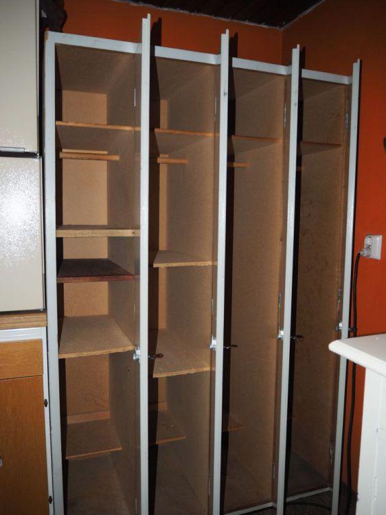 Skåp till omklädningsrum, förråd, källare, garage ...