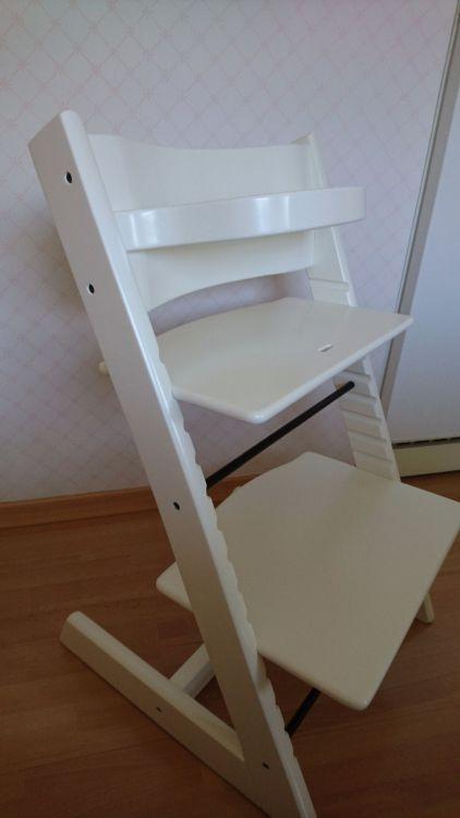 Barnstol, Tripp trapp helt nylackerad.