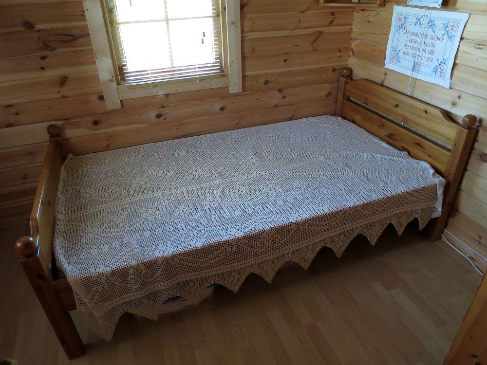 Säng Möbler& Inredning i Piteå med stolar, soffa, soffbord, tv bänk, bord, byrå, lampor