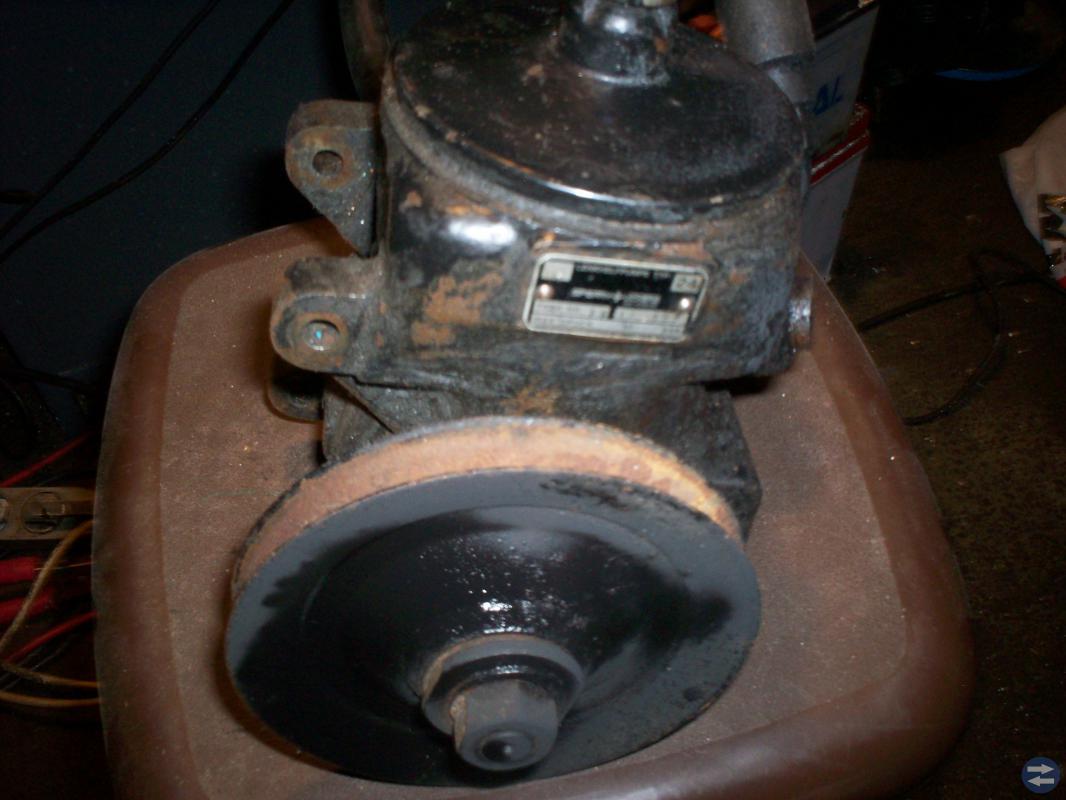 Servostyrsnäcka \ pump mercedes