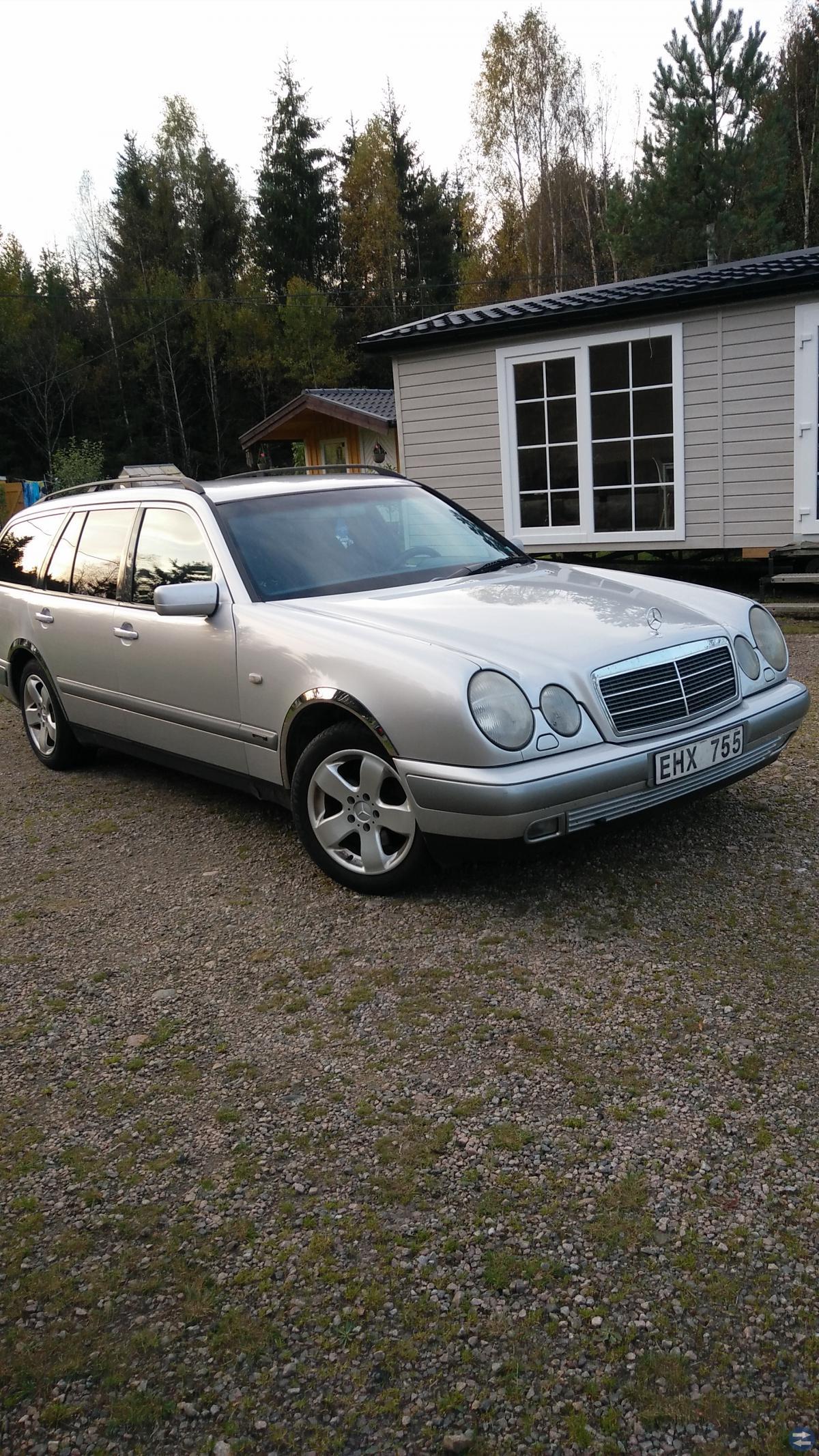 Mercedes E-KLASS 200T