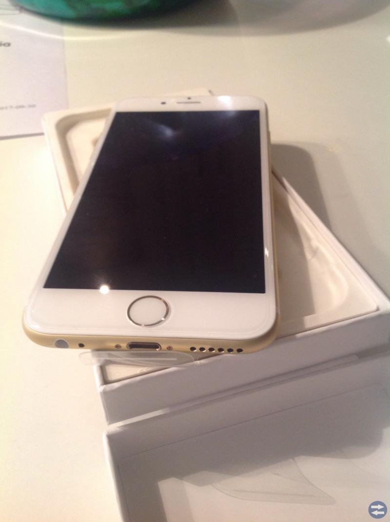 IPhone 6. 64GB. gold.