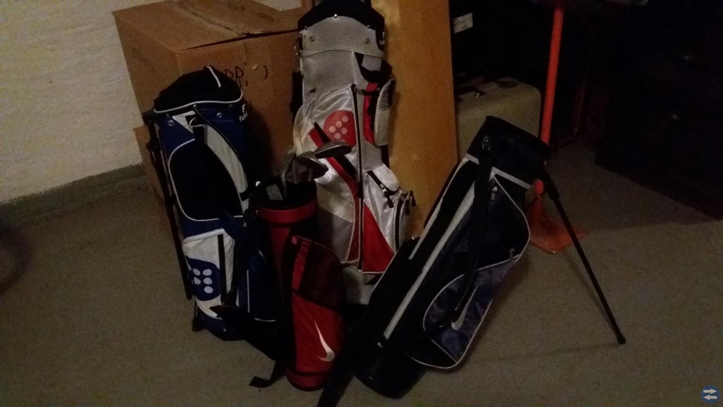 Golfbagar skänkes