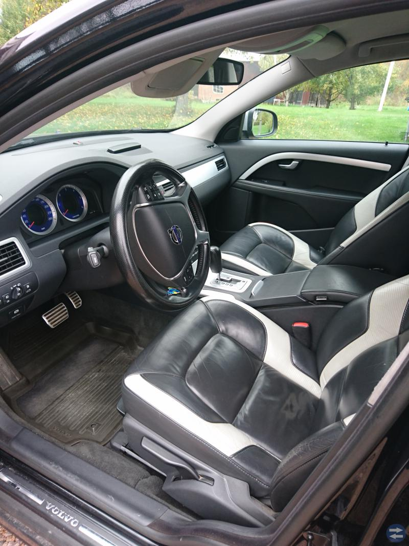 V70 D5 AWD