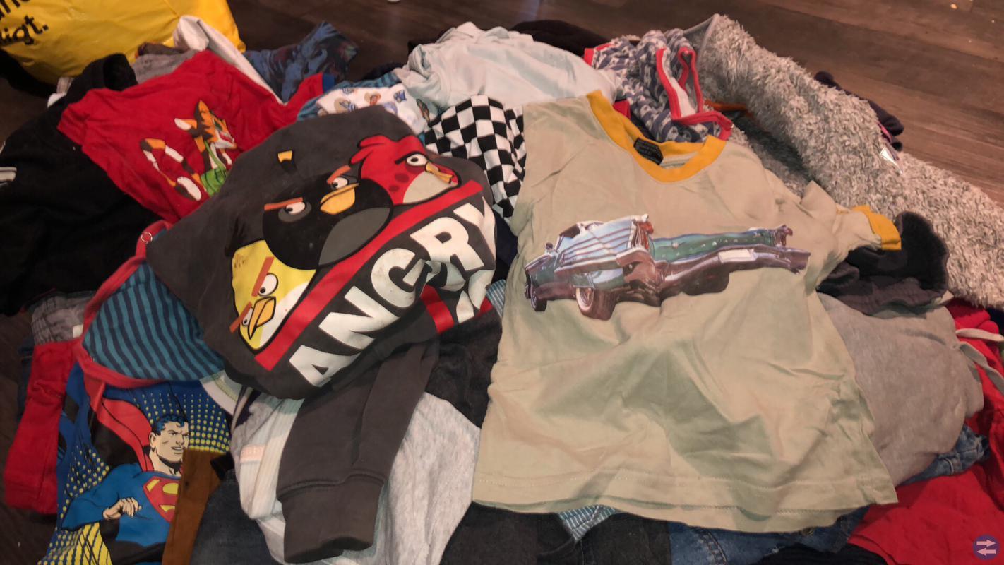 Pojk kläder