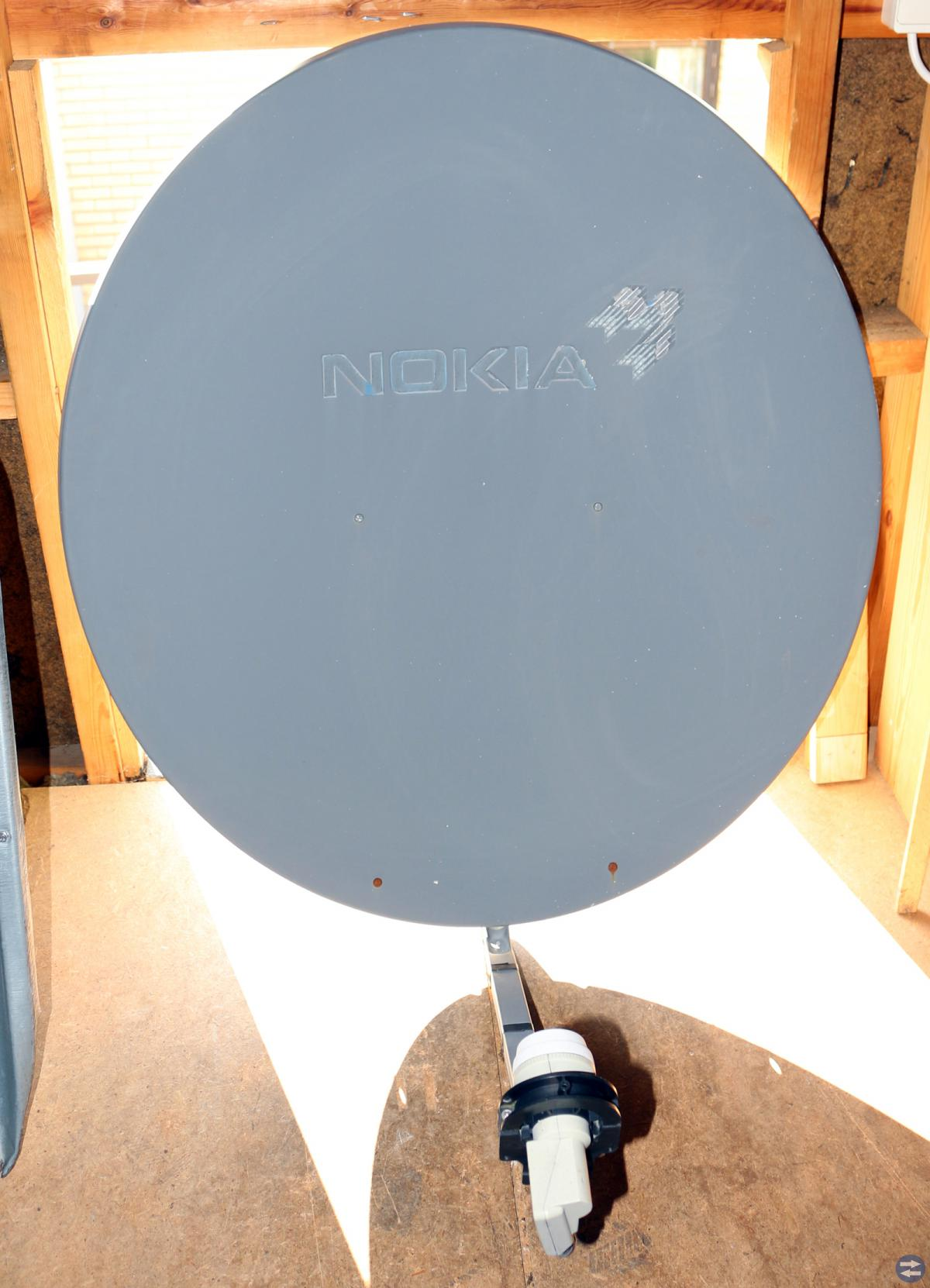 1 Parabol, 3st LNB, 6st Switchar, Nya antennfästen