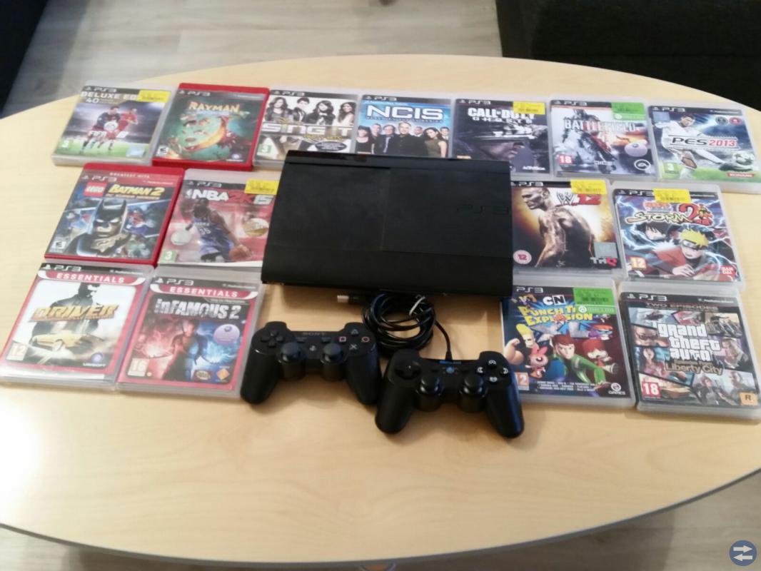 Playstation 3 med 15 spel