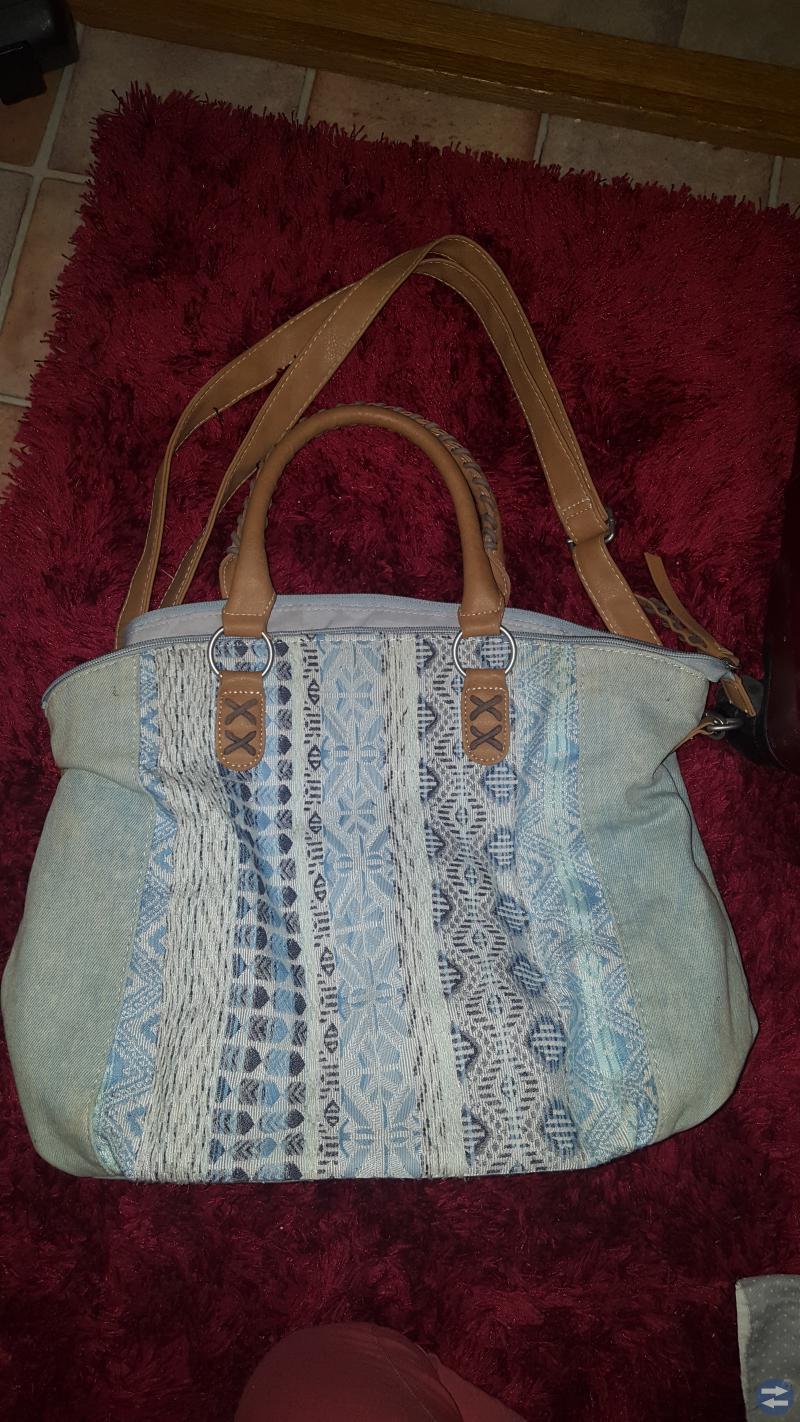Div väskor