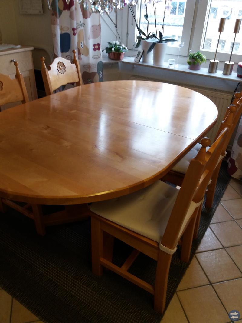 a möbler köksbord