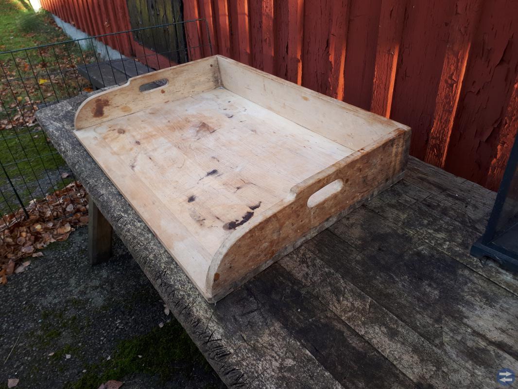 Bakbord i trä