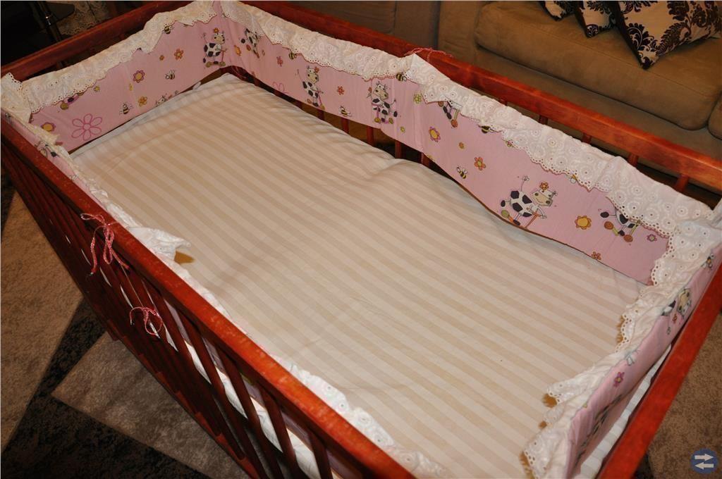 Barn säng med madrass
