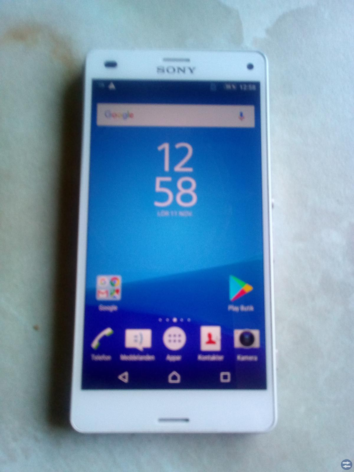 Sony Experia Z3 Compact samt Huawei Honor 5C