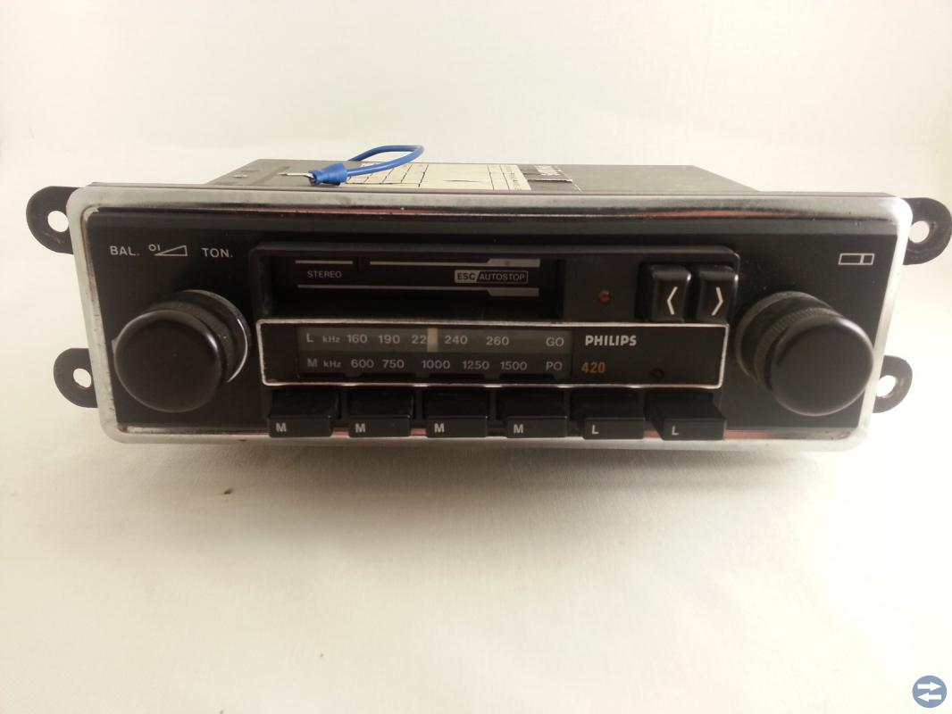 Bilradio eller kasettradio -70tals