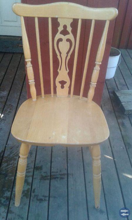 Diverse stolar säljes billigt