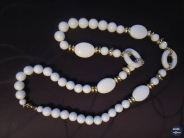 Halsband 80-tal