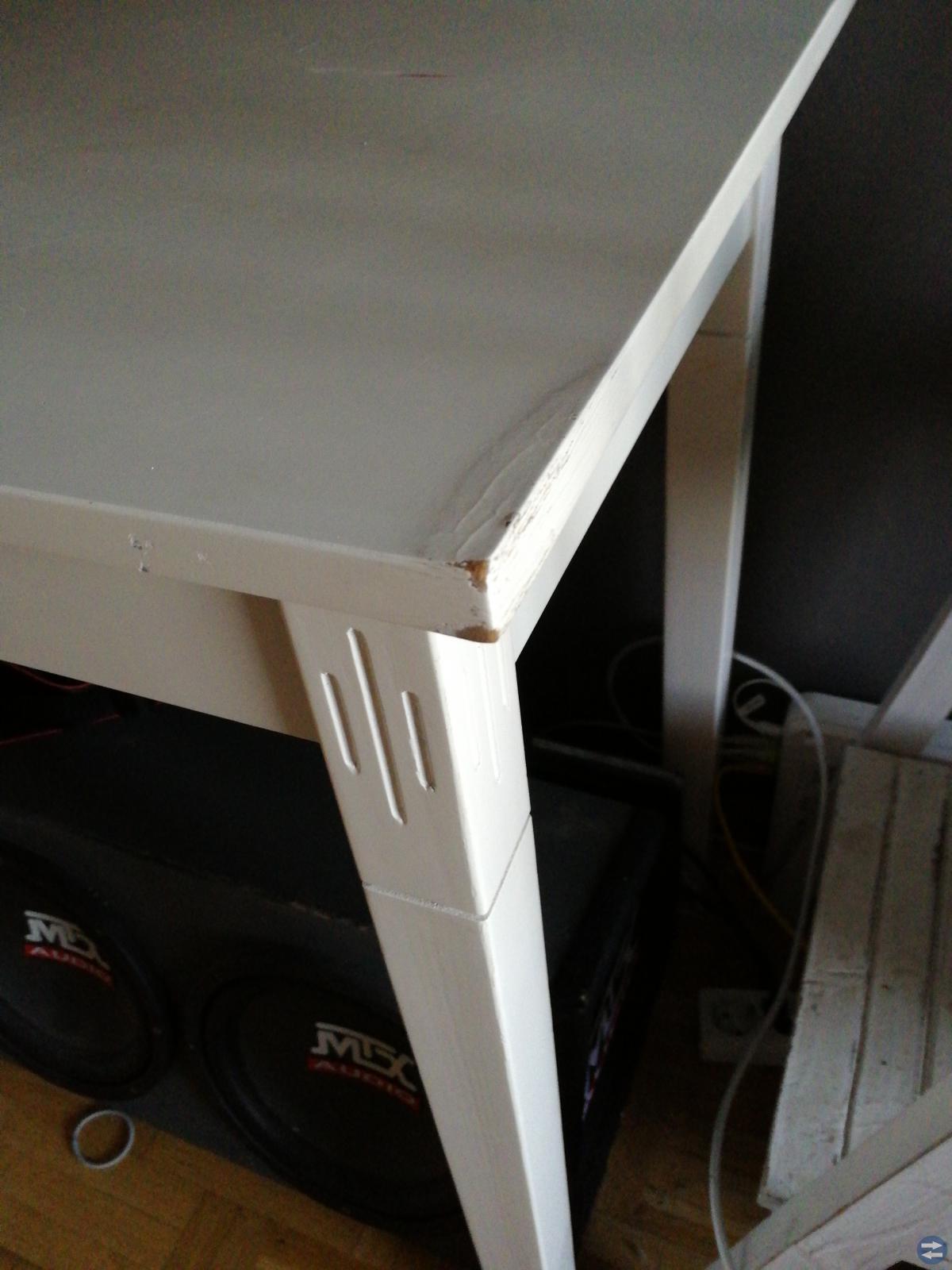 Skrivbord/sminkbord