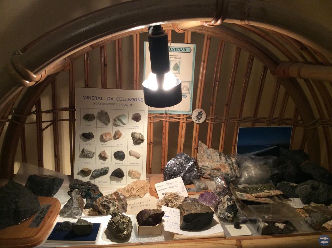 Mineral & kristallsamling