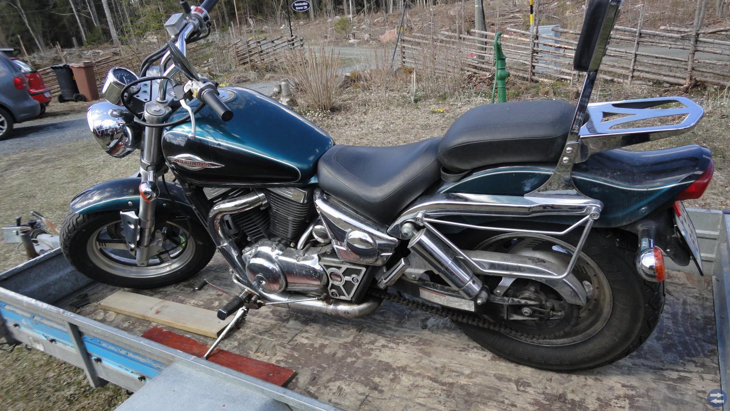 Custom zusuki vz800