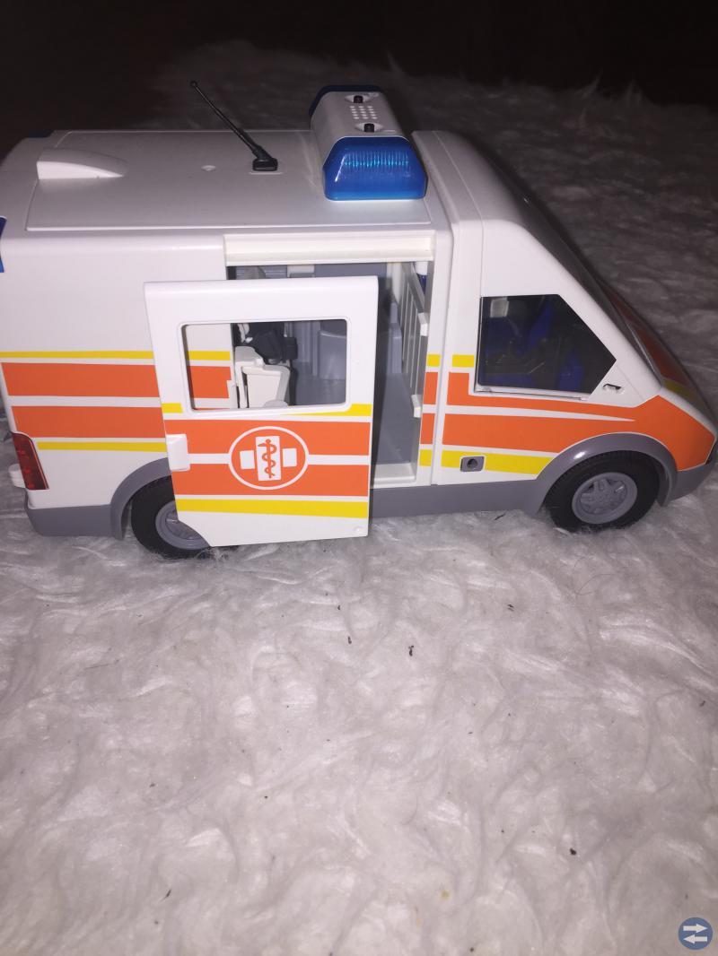 Playmobil barnsjukhus, ambulans