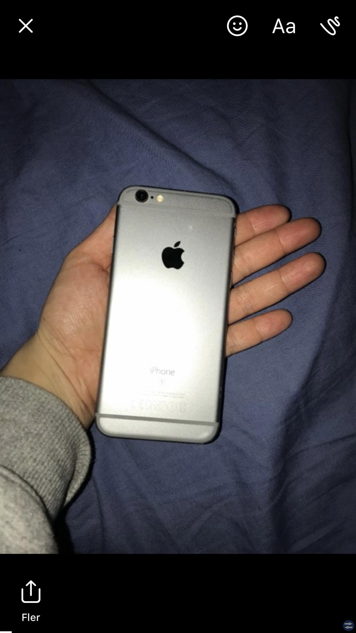 IPhone 6S framsida svart baksida grå + laddare
