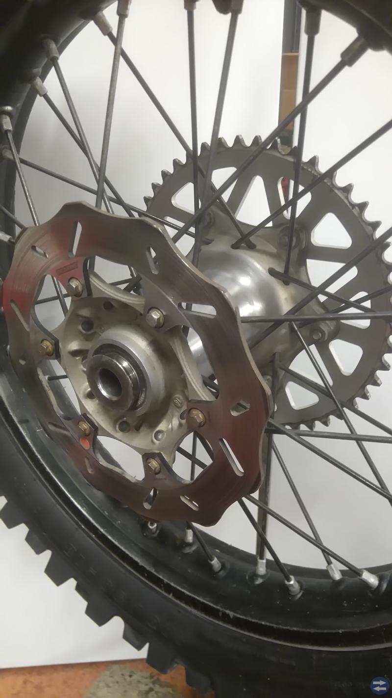 KTM Bakhjul 18tum