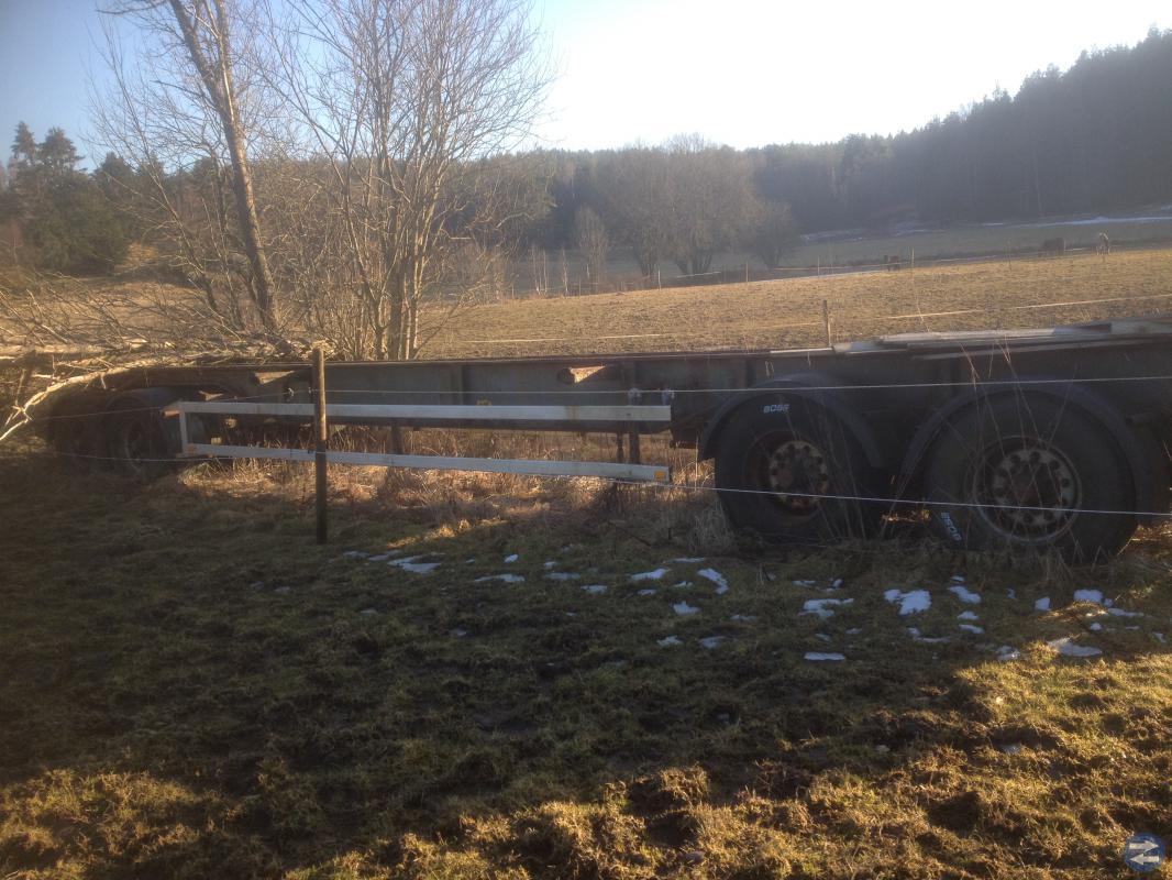 Snöblad spets plog lastbilssläp